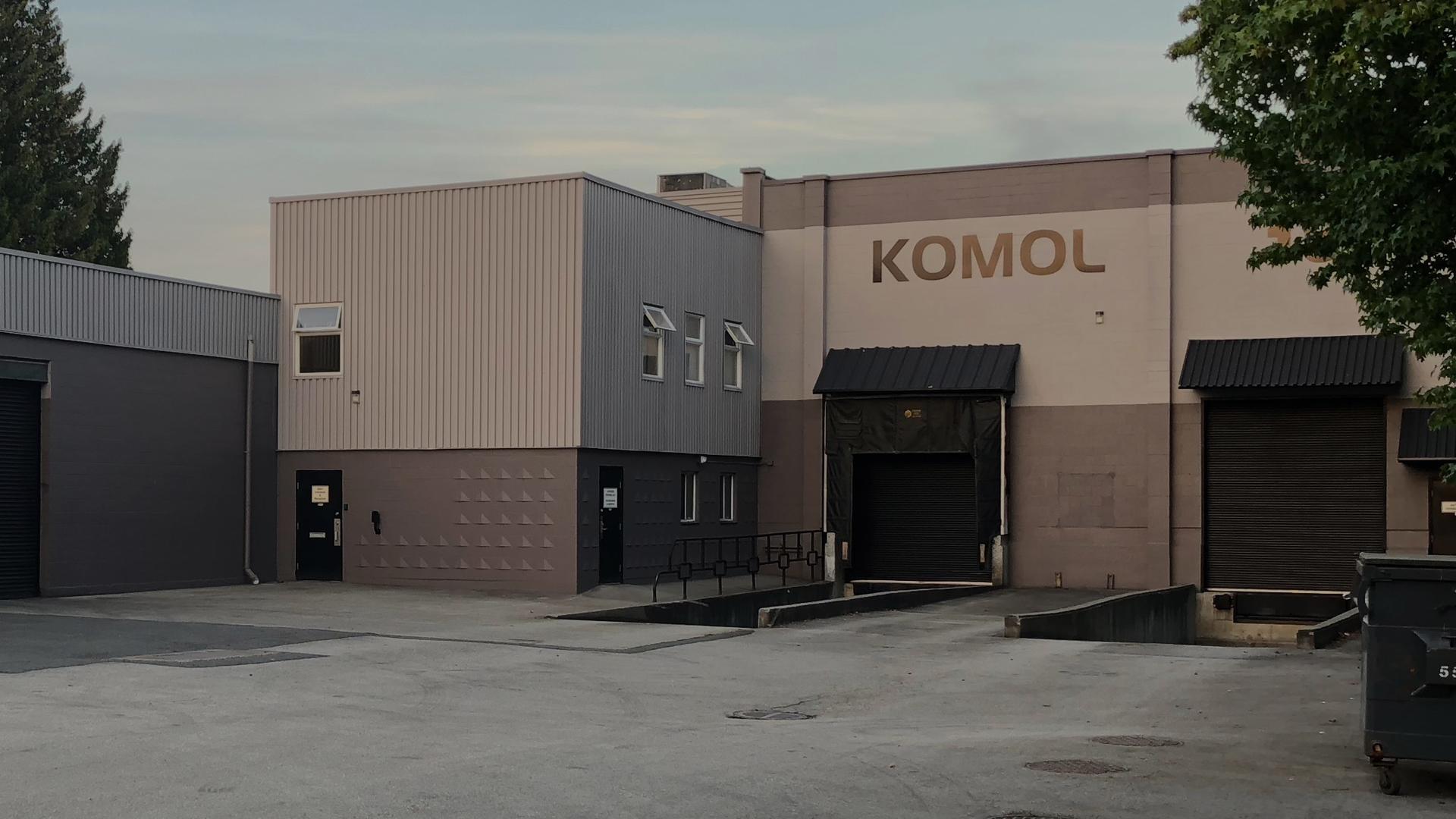 komol-plastics-company